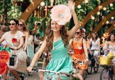 В Аланье прошла велопрогулка для леди