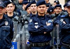 Турецкие полицейские: почти супермены