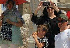 Известная актриса Лив Тайлер побывала на экскурсии в турецком Эфесе