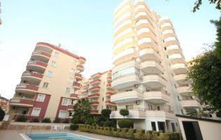 Недорого! На продажу  выставлены  просторные апартаменты  в Алании район Махмутлар.