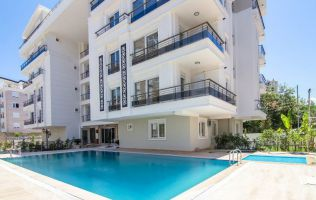 Готовая недвижимость в Анталье, большие квартиры 2+1, район Лиман