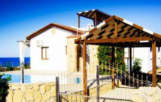 Вилла с 3 спальнями в 100 м. от Средиземного моря, Кирения, Северный Кипр