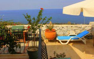 Уютная вилла 4+1 с собственным садом и видом на море,  Кирения, Северный Кипр