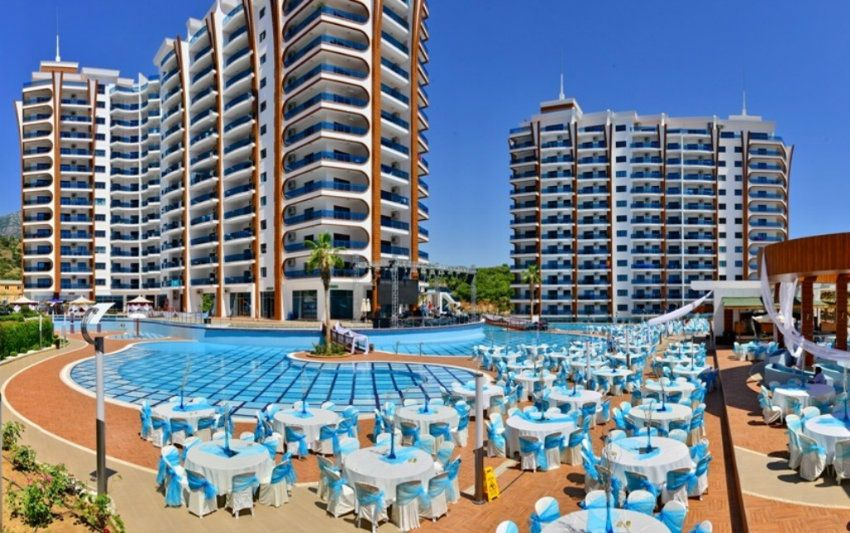 Apartment 1 + 1 in the luxurious elite complex Azura park, Mahmutlar