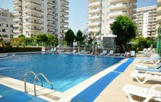 Недорогая квартира 2+1 в Махмутларе с мебелью в хорошем комплексе с бассейном, Аланья