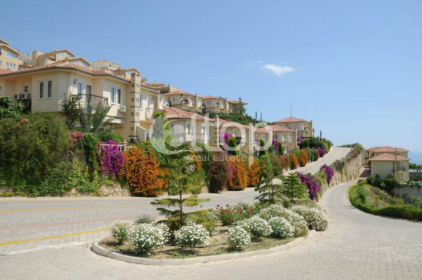 Luxury Villa 3 1 In The Complex Gold City With A
