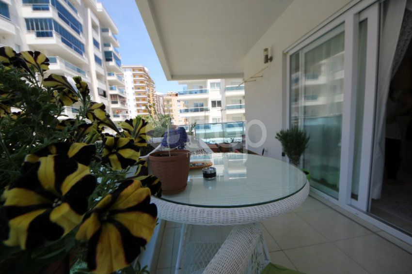 Inexpensive apartment 1 + 1 with furniture in Alanya . Mahmutlar