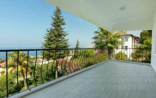 Красивая квартира 2+1 с потрясающим видом на море, район Каргыджак