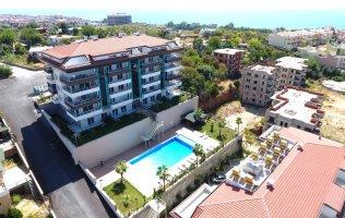 Роскошные квартиры в Кестеле, малоэтажный комплекс с видом на море