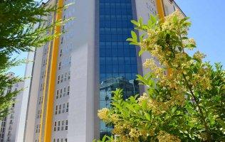 Новая светлая 1+1 квартира в центре в Махмутлара.Цена снижена
