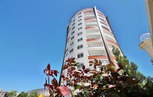 Недорогая двухкомнатная квартира в комплексе с бассейном р. Махмутлар, Аланья
