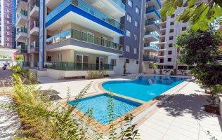 Квартира 3+1  для большой семьи в Алании Махмутлар