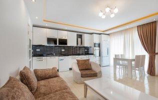 Шикарная квартира 2+1  с мебелью в Аланье Махмутлар