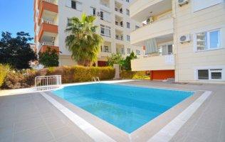Квартира 2+1 с видом на Средиземное море и горы в Алании, Махмутлар