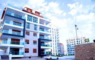Новая квартира 1+1 в современном комплексе класса люкс в Тосмуре, Алания