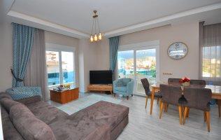 Отличная меблированная квартира 2+1 в 150 метрах от моря в Алании, Махмутлар