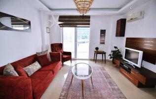 Меблированная квартира по доступной цене в современном комплексе с инфраструктурой в Аланье, Джикджилли
