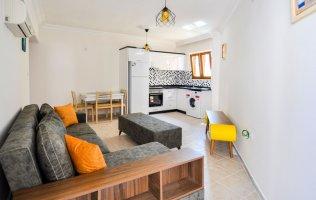 Бюджетная квартира с новой мебелью в комплексе с инфраструктурой в Махмутларе!