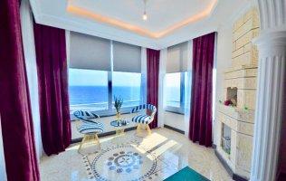Потрясающая меблированная квартира на первой береговой линии в Махмутларе, Аланья