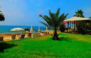 Вилла в Конаклы на берегу Средиземного моря с собственным пляжем