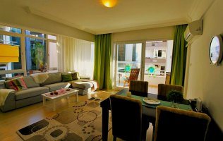 Меблированные апартаменты 2+1 в 100 метрах от пляжа Клеопатры, Алания