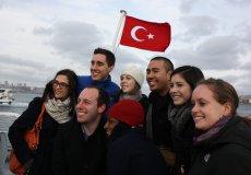 В 2018-м в Турцию приехало жить на 24% больше иностранцев