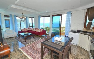 Квартира с потрясающим видом на море в Каргыджаке, Алания