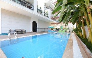 Новые апартаменты в Алании в жилом комплексе р. Махмутлар