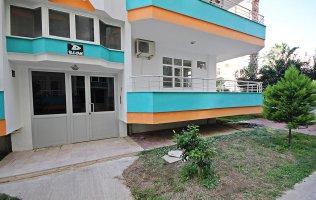 Недорогая квартира в Алании на первой береговой от моря в Махмутларе