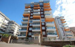 Просторная квартира в Аланье в современном комплексе в Тосмуре