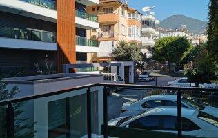 Новая квартира в центре Алании в 150 метрах от знаменитого пляжа Клеопатры