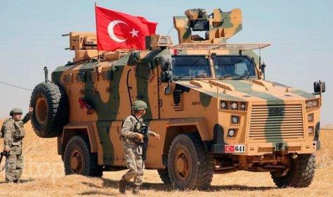 Турция отложила призыв и увольнение военнослужащих