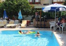 Продажа отеля 655 м2, до моря 150 м в центральном районе, Аланья, Турция № 2562 – фото 2